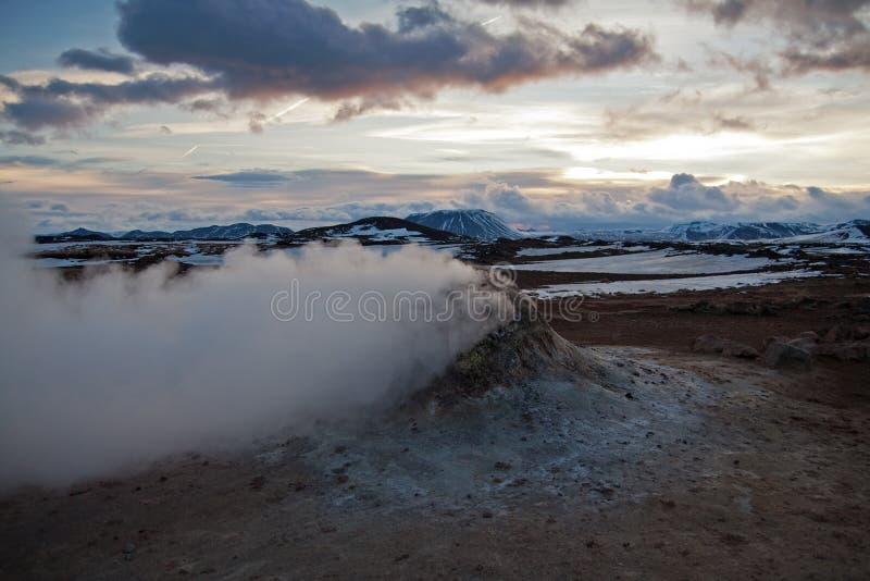 Fumerolle Islande image stock