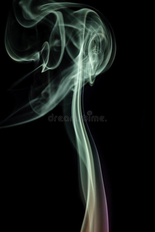 Fumez, par les courbures extrêmes, coulant, colorées image libre de droits