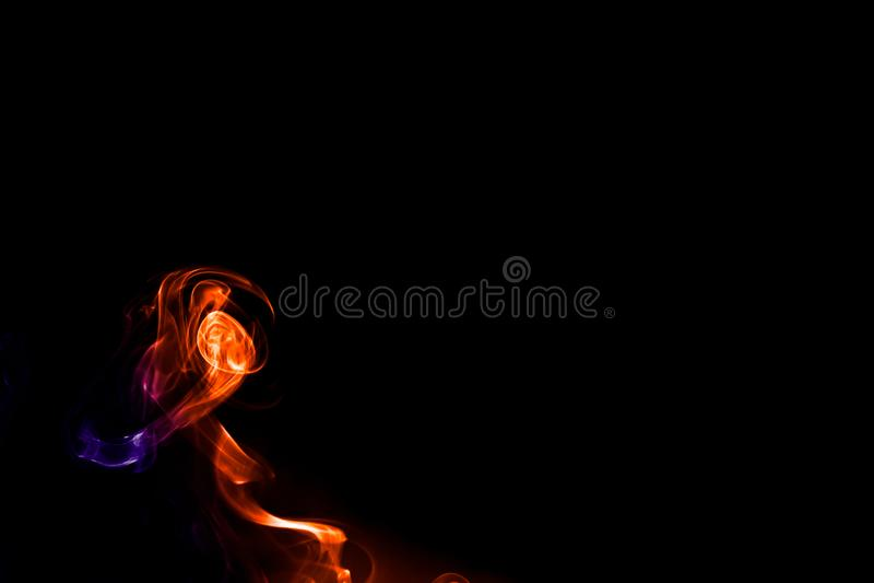 Fumo astratto isolato sul nero fotografia stock libera da diritti