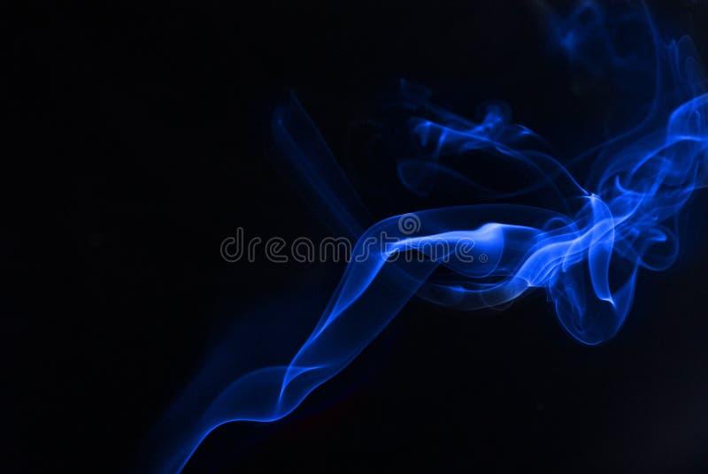 Fumo azul imagens de stock