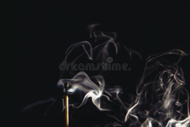 Fumo bianco in macrofotografia fotografia stock libera da diritti