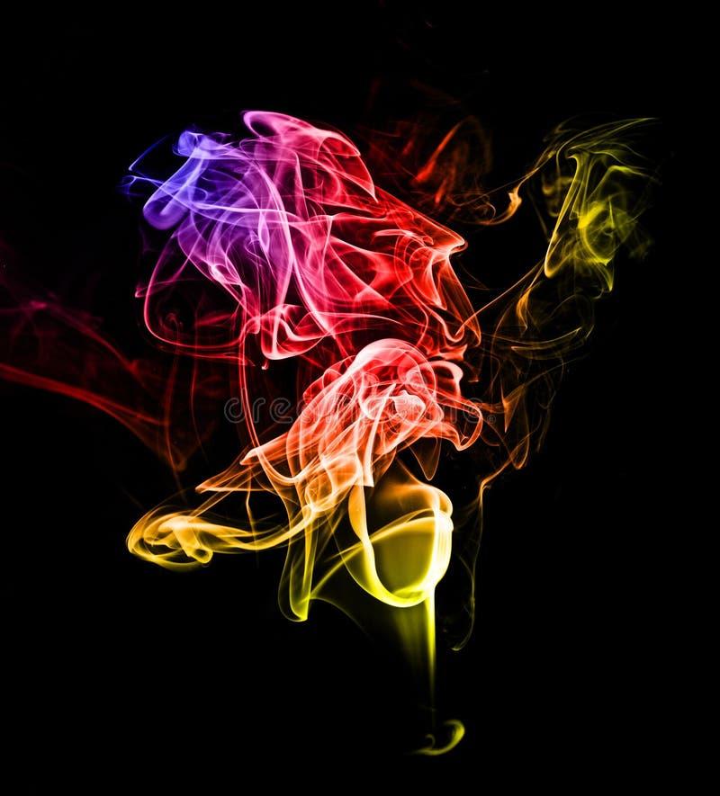 Fumo colorato vivo fotografia stock libera da diritti
