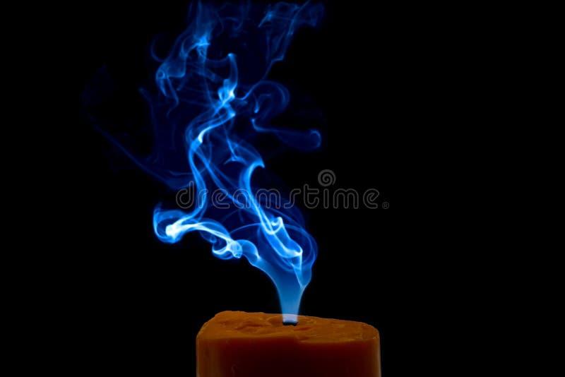 Fumo colorido da vela foto de stock