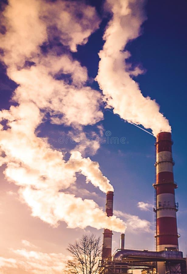 Fumo da energia calorífica fotografia de stock
