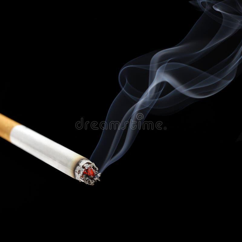 Fumo della sigaretta fotografia stock