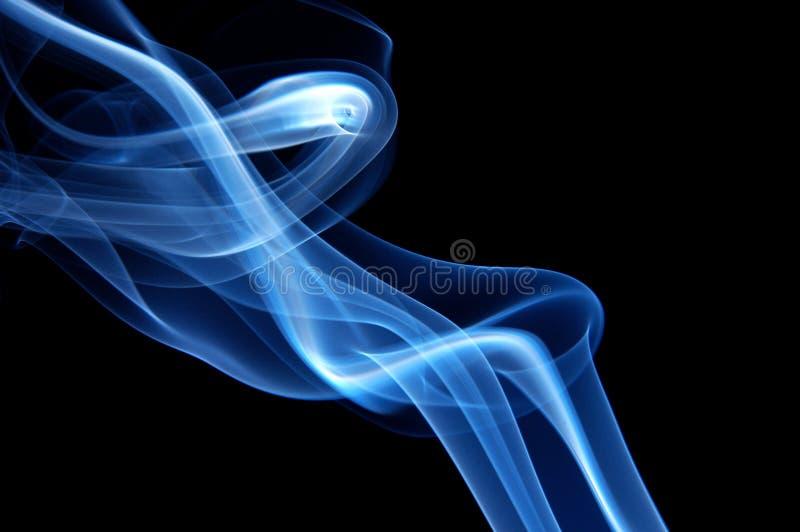 Fumo na moda azul foto de stock royalty free