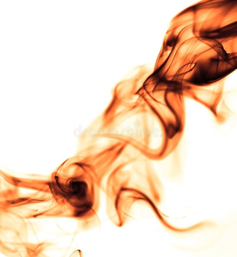 Fumo vermelho no fundo branco foto de stock