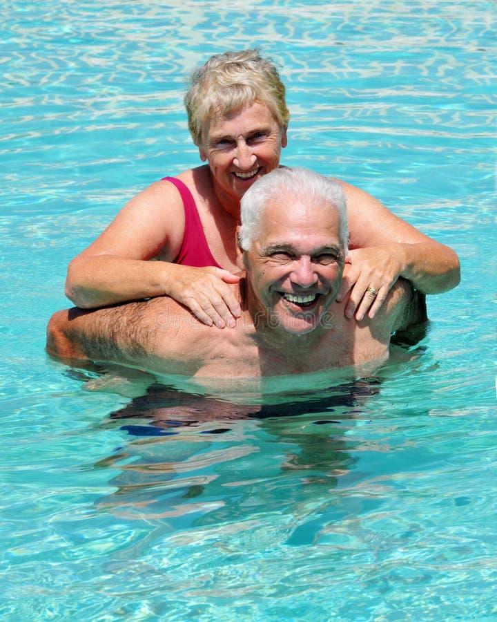 fun pool senior στοκ φωτογραφία