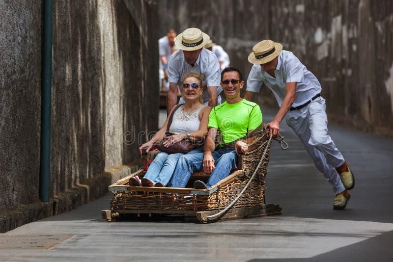 FUNCHAL, MADERA - SEPTEMBER 19: Traditionele bergaf slee tri royalty-vrije stock foto's