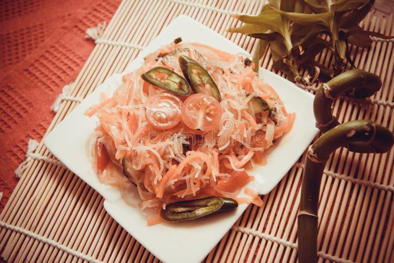 Funchoza met groenten royalty-vrije stock fotografie