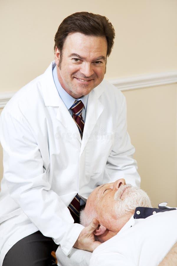 Funcionamento considerável do Chiropractor imagens de stock royalty free