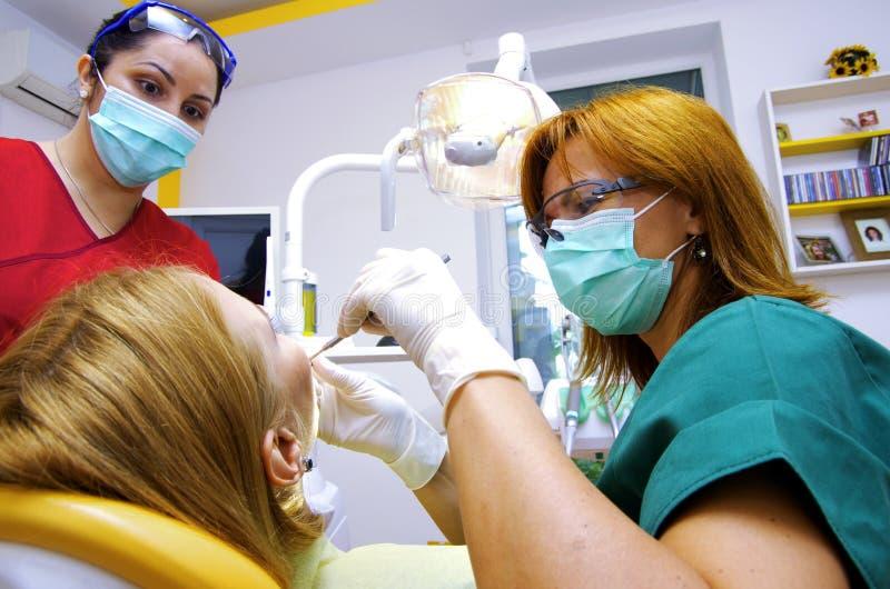 Funcionamento do dentista imagem de stock