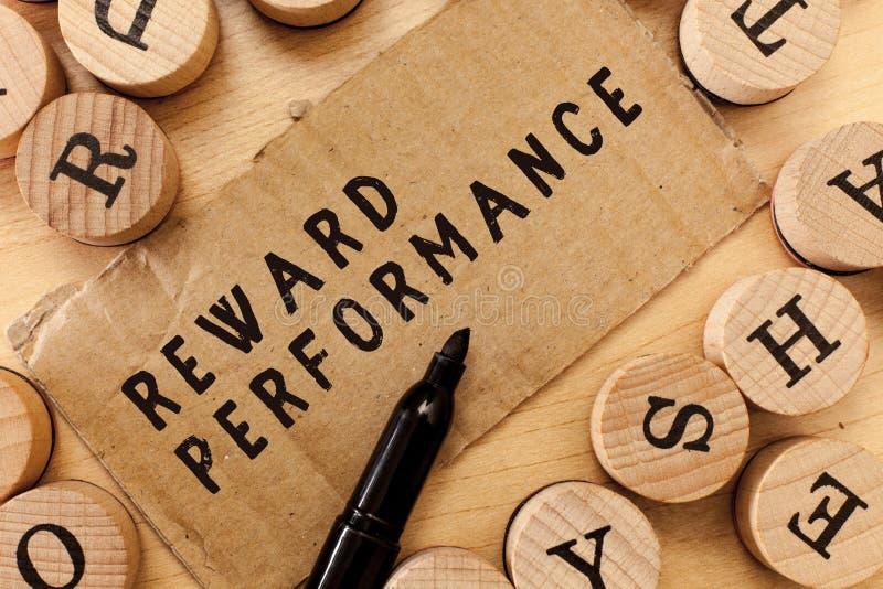 Funcionamiento de la recompensa de la escritura del texto de la escritura La valoración del significado del concepto reconoce val imagenes de archivo