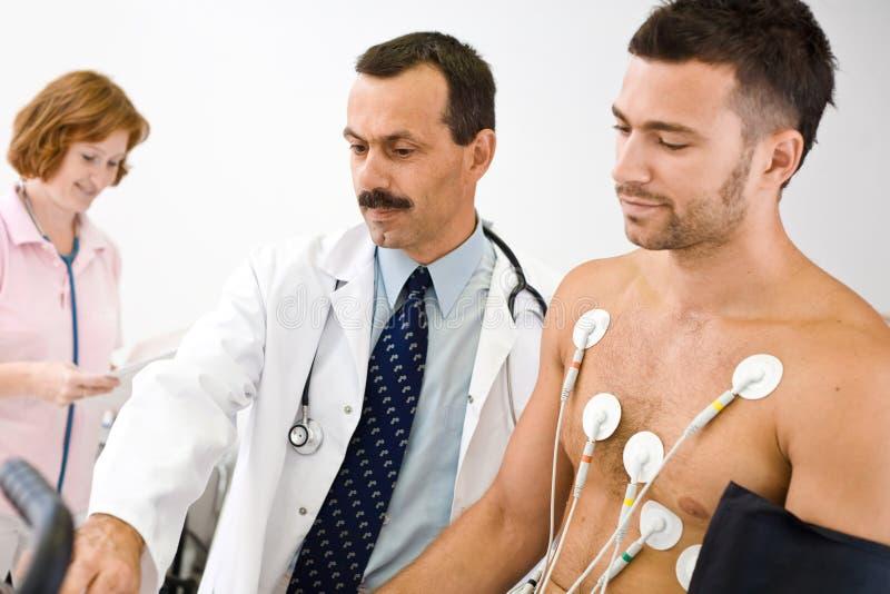 Funcionamiento de las personas médicas fotos de archivo