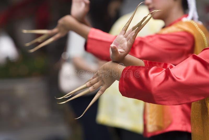 Funcionamiento tailandés de la danza fotografía de archivo libre de regalías