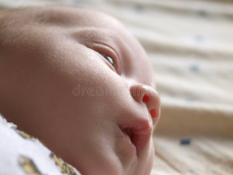 fundersamt spädbarn royaltyfri bild