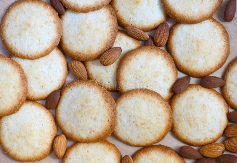 Fundo aéreo do alimento da opinião dos biscoitos da amêndoa fotos de stock royalty free