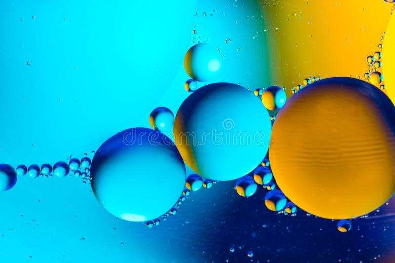 Fundo abstrato cósmico do universo do espaço ou dos planetas Sctructure abstrato do átomo da molécula Bolhas da água Tiro macro d imagem de stock