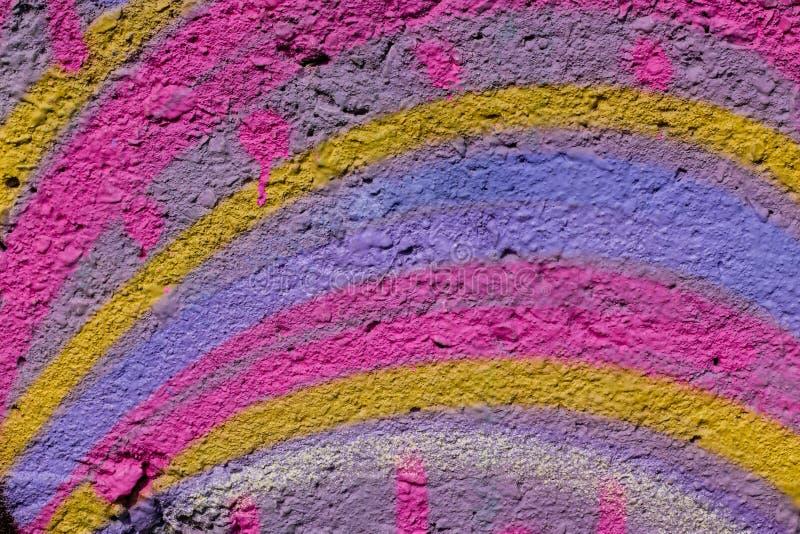 Fundo abstrato colorido Cores do arco-?ris da pintura no contexto brilhante do muro de cimento Fundo da arte abstrato, textura imagens de stock royalty free