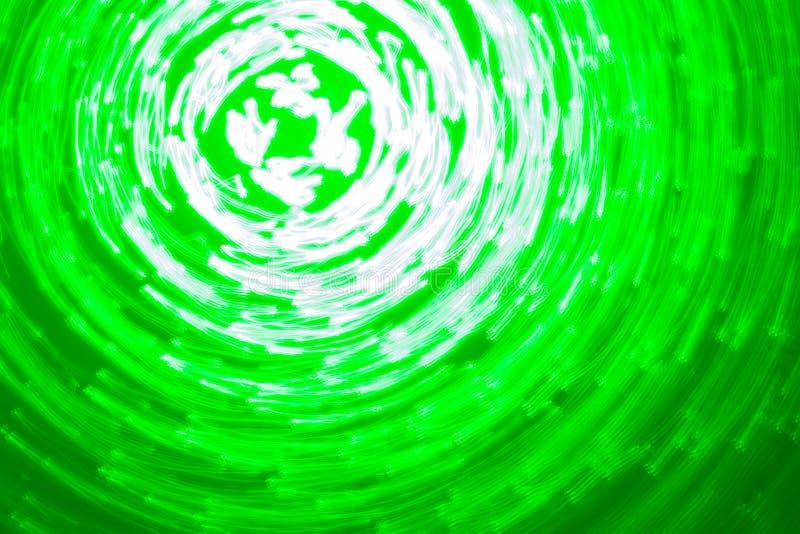 Fundo abstrato de círculos luminosos em cores verdes e brancas imagem de stock
