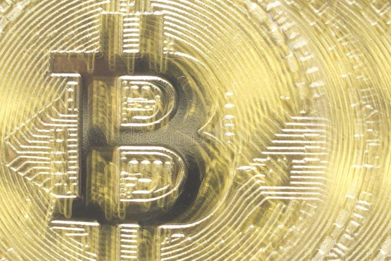Fundo abstrato do bitcoin do ouro Moeda de Digitas imagens de stock royalty free
