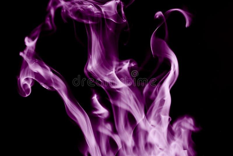 Download Fundo Abstrato, Fumo Em Um Fundo Preto Imagem de Stock - Imagem de textura, fanciful: 107527675