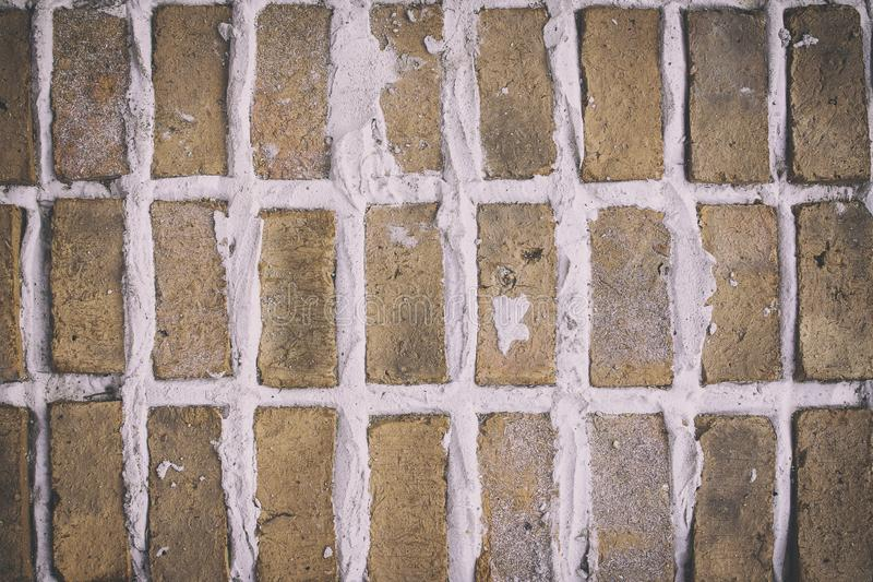 Fundo alaranjado da textura e do sumário do tijolo do fundo foto de stock royalty free