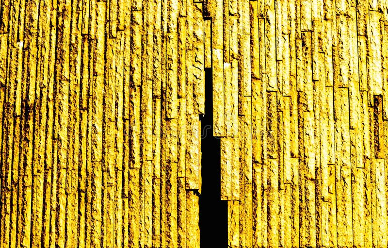 Fundo amarelo da foto, linhas de madeira textura imagem de stock