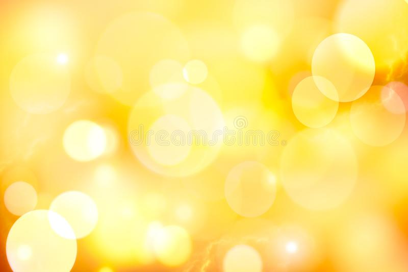 Fundo amarelo do sumário do bokeh do vintage fotografia de stock royalty free