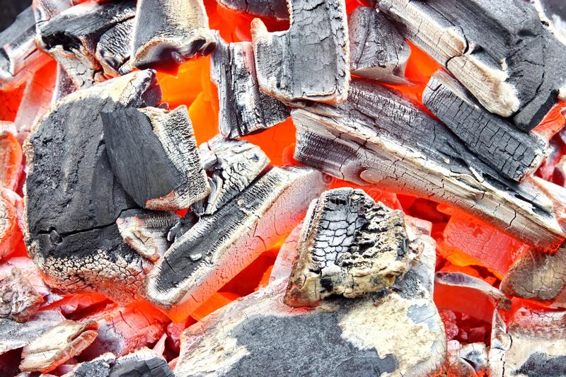 Fundo ardente do carvão vegetal fotos de stock royalty free
