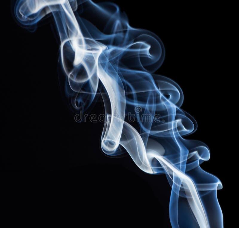 Fundo azul do sumário do fumo fotos de stock royalty free