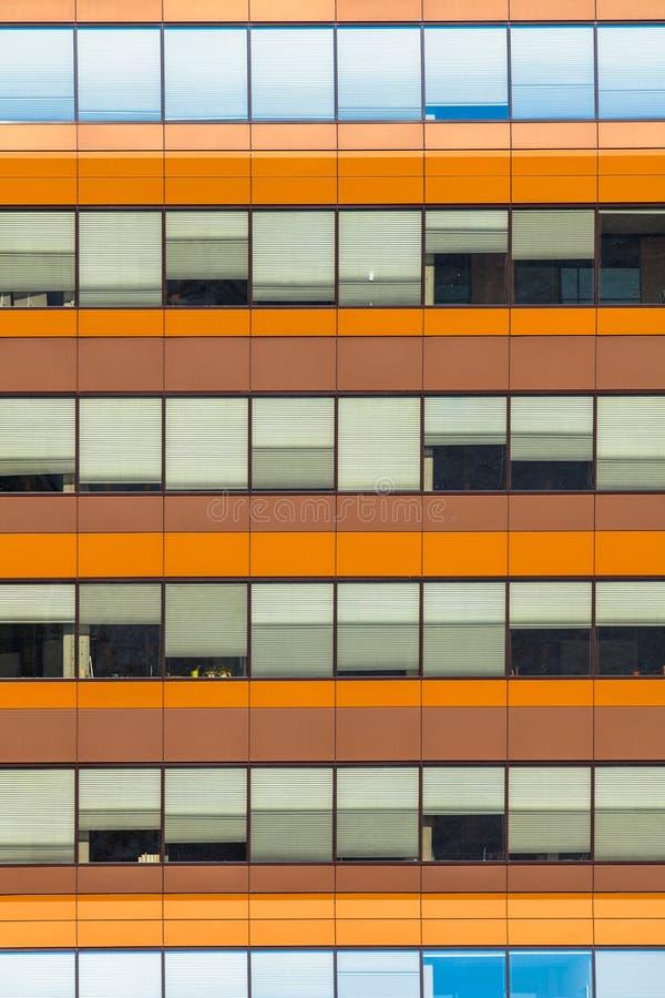 Fundo azul e alaranjado da janela do escritório foto de stock royalty free
