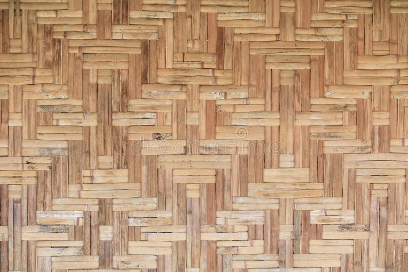 Fundo bonito do teste padrão da textura velha de bambu da parede do weave imagens de stock royalty free