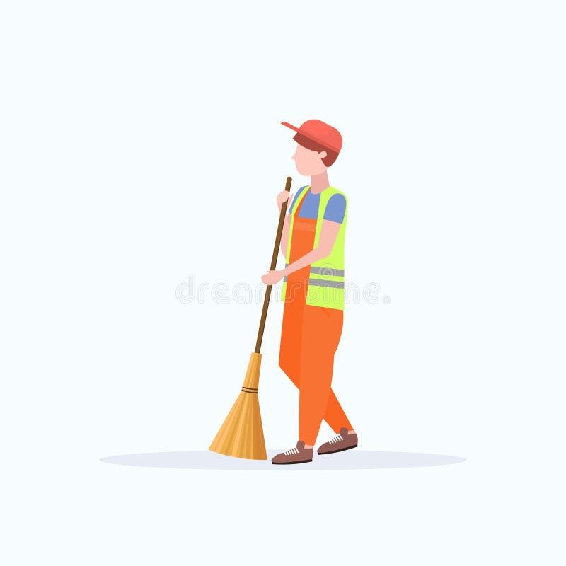 Fundo branco liso do comprimento completo arrebatador masculino do conceito do serviço da limpeza do lixo do homem da vassoura da ilustração royalty free