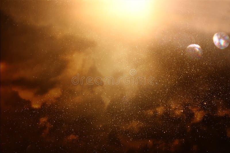 Fundo brilhante da galáxia ou da fantasia Abstraia o estouro da luz conceito mágico e do mistério foto de stock royalty free