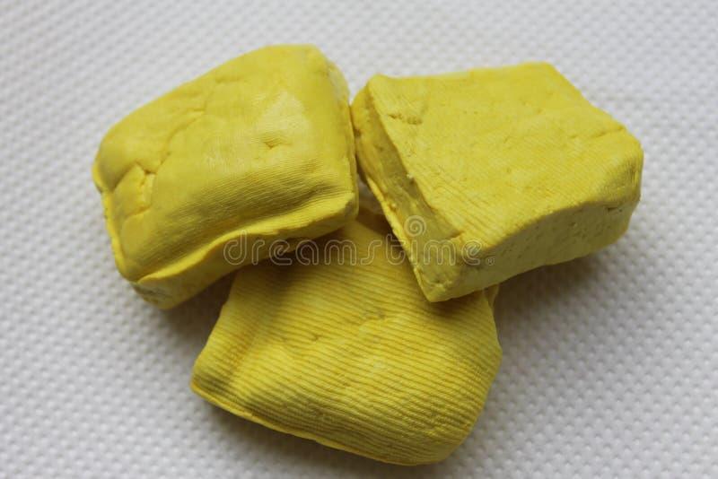 Fundo burmese amarelo da textura do Tofu imagem de stock