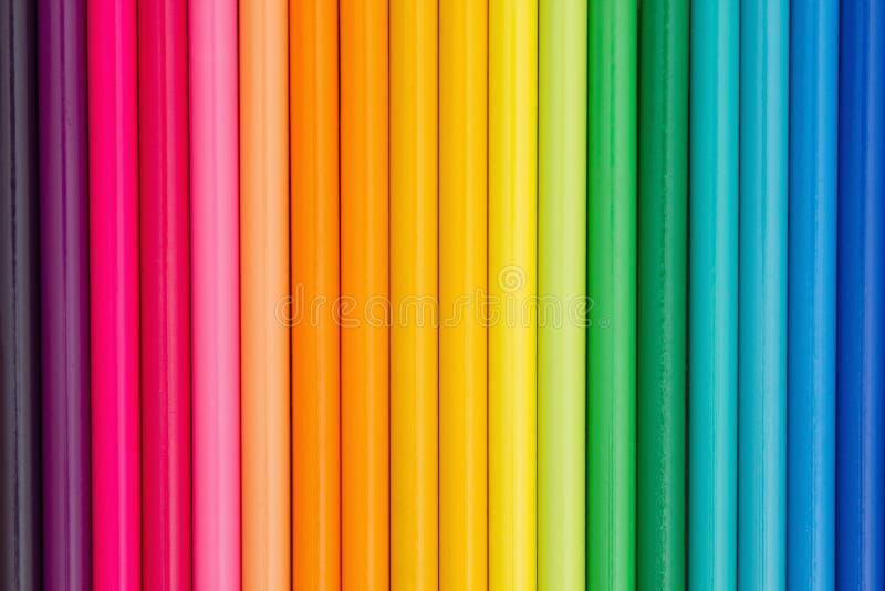 Fundo colorido da educação do pastel do lápis imagens de stock royalty free