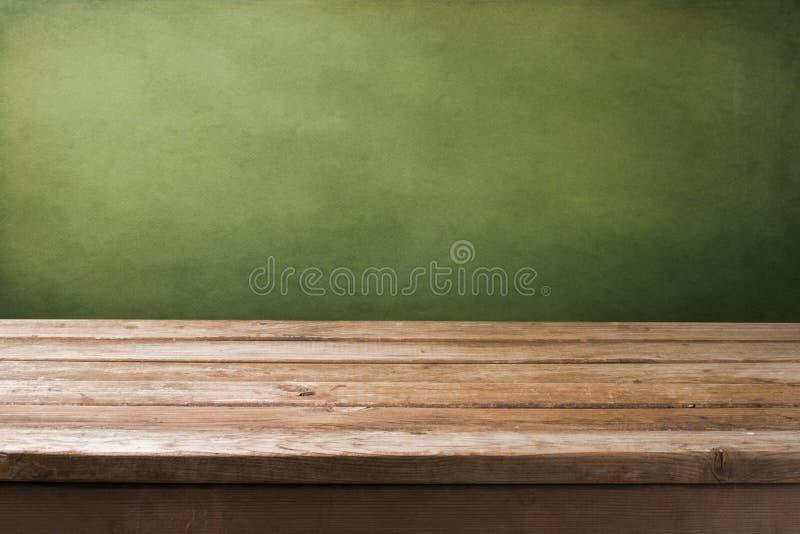 Fundo com tabela de madeira imagem de stock