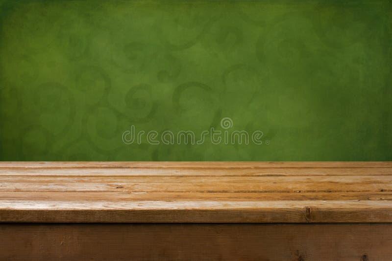 Fundo com tabela de madeira fotografia de stock