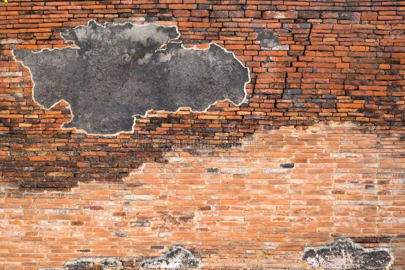 Fundo concreto rachado da parede de tijolo do vintage imagens de stock