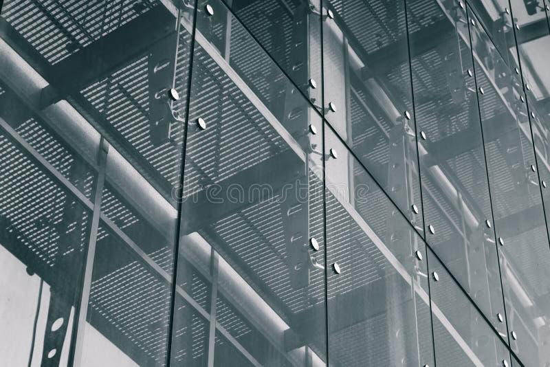 Fundo da arquitetura Sistema de vidro da fachada fotografia de stock royalty free