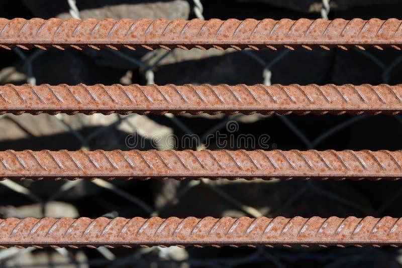 Fundo da barra de aço de reforço, Rebar para obras concretas Armadura do metal Barras de aço de reforço para o armatu de construç imagem de stock royalty free