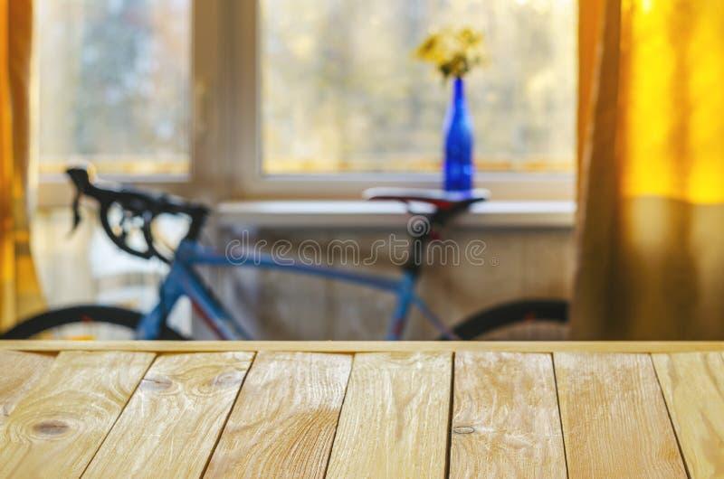 Fundo da colocação do produto Tabela de madeira fotografia de stock