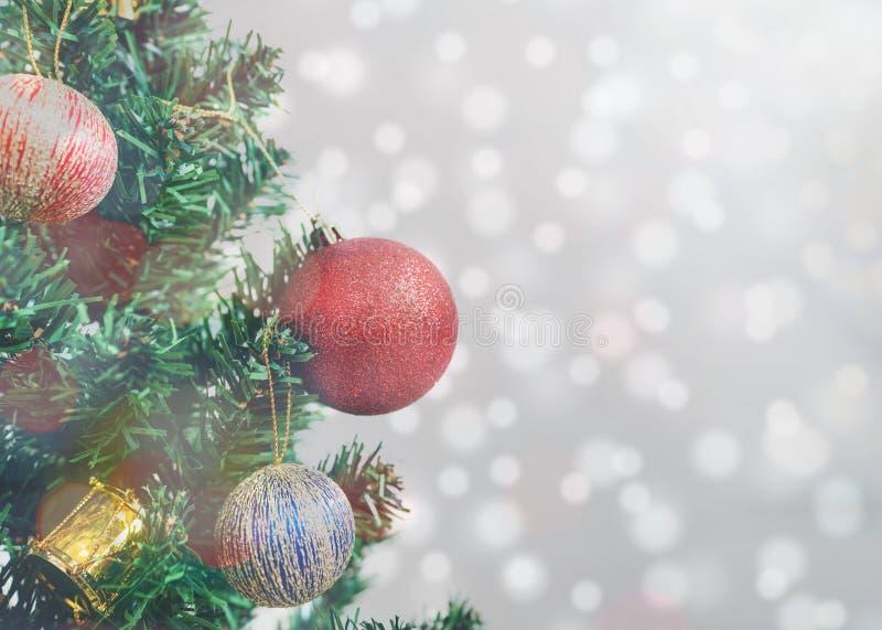 Fundo da decoração da árvore de Natal E imagens de stock royalty free