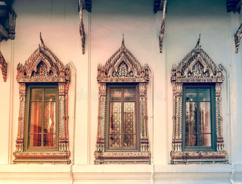 Fundo da janela no rei real Palace, Banguecoque fotografia de stock