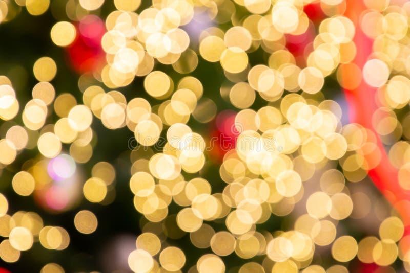 Fundo fundo da luz do bokeh, dos feriados borrados do Natal e do ano novo Fundo borrado bonito colorido do bokeh com cópia imagens de stock royalty free