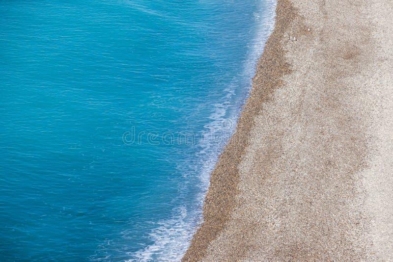 Fundo da opinião aérea da praia e do mar fotos de stock