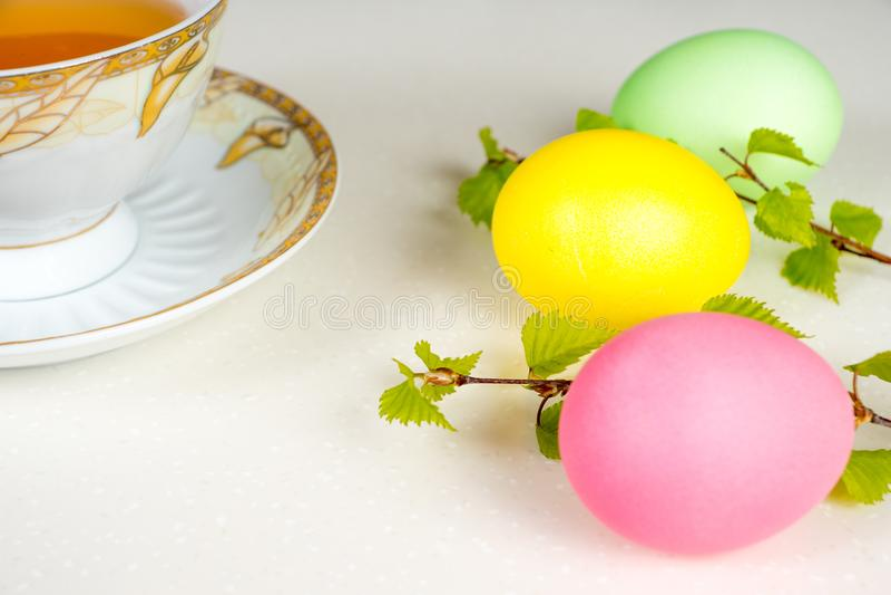 Fundo da Páscoa, ovos coloridos fotos de stock