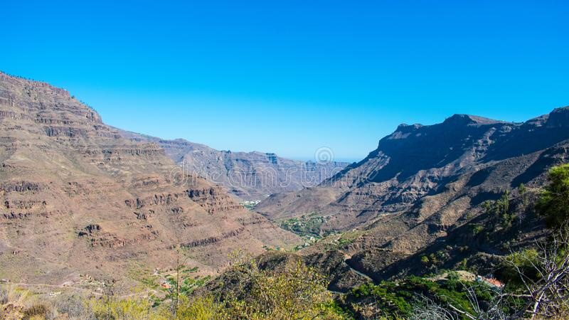 Fundo da paisagem da montanha fotografia de stock