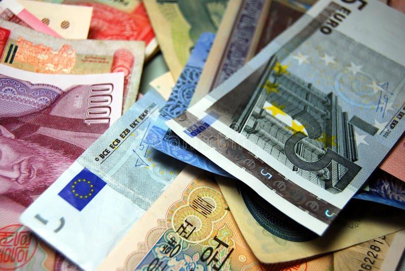 Fundo das cédulas da divisa estrageira foto de stock
